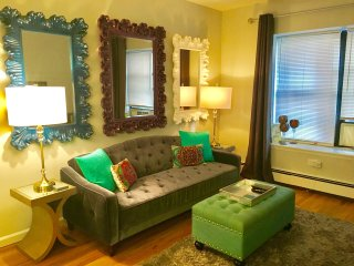 Midtown Central Park Theatre Dist. - 2 Bed 1 Bath - New York City vacation rentals