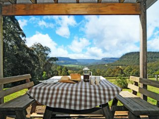 Comfortable House with A/C and Television - Kangaroo Valley vacation rentals
