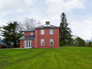 Woodford, Lough Derg, County Galway - 13247 - Whitegate vacation rentals