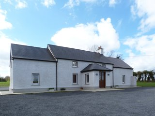 Gowran, Barrow Valley, County Kilkenny - 13716 - Gowran vacation rentals