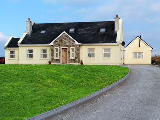 Doohoma, Tullaghan Bay, County Mayo - 13806 - Doohoma vacation rentals