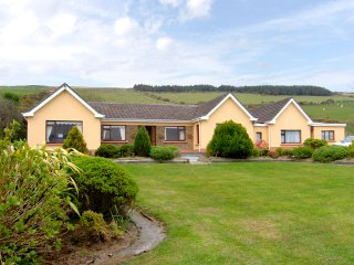 Annascaul, Dingle Peninsula, County Kerry - 4015 - Annascaul vacation rentals