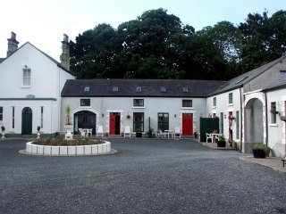 Ballyglunin, Athenry, County Galway - 4270 - County Galway vacation rentals