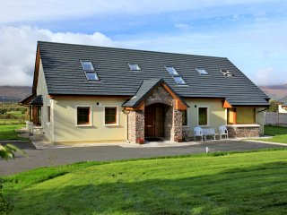 Milltown, Lakes of Killarney, County Kerry - 8006 - Milltown vacation rentals