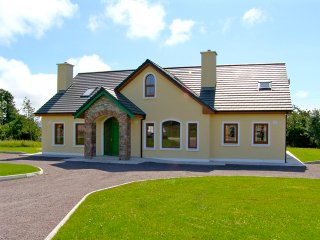 Milltown, Lakes of Killarney, County Kerry - 8081 - Milltown vacation rentals