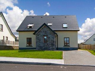 Enniscrone, Atlantic Coast, County Sligo - 8900 - Enniscrone vacation rentals