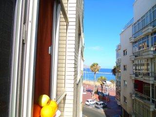 10 sec from beach with seaview - Las Palmas de Gran Canaria vacation rentals