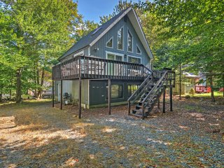 4BR Tobyhanna Home w/Private Wraparound Deck! - Tobyhanna vacation rentals