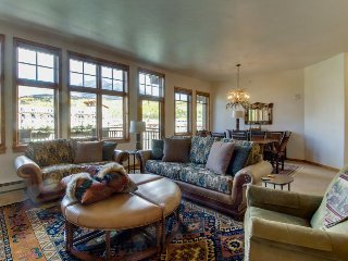 Luxury lakefront condo w/ mountain views, jetted tub, & 2 shared hot tubs - Frisco vacation rentals