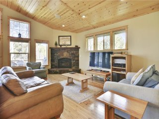 Zermatt Meadow View **Upscale**Chefs kitchen** - Truckee vacation rentals