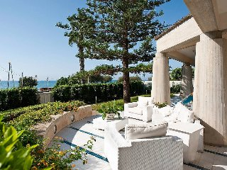 Villa Pozzallo holiday vacation seaside villa rental italy sicily, holiday - Marina Di Modica vacation rentals