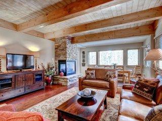 Snodallion 25 - Walk to Slopes/Walk to Town - Breckenridge vacation rentals