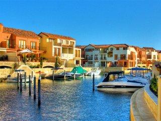 Villa Port Grimaud on Bouvard Island - Mandurah vacation rentals