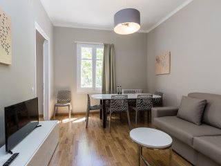 CIUTADELLA PARK - Cozy apt, large terrace, central - Barcelona vacation rentals
