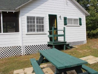 Clark's Landing Cottages (VER05W) - Melvin Village vacation rentals