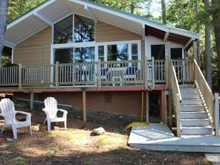 Gorgeous Cottage with Microwave and Patio - Center Harbor vacation rentals