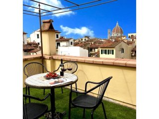 THE VIEW - Lovely flat with amazing view on Duomo - Florence vacation rentals