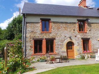 Tranquil rural setting in beautiful countryside - Cerisy-la-Salle vacation rentals