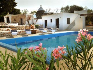 Trullo Tranquillo, Classic Collection, with pool in Apulia | Rarovillas - Ceglie Messapica vacation rentals