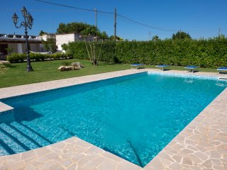 Villa Orange- Pool, beach service included in the price, what a price! - San Vito dei Normanni vacation rentals
