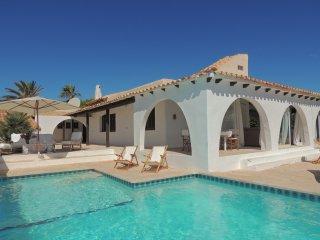 Cozy 3 bedroom Villa in Cala Serena - Cala Serena vacation rentals
