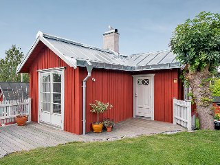 Vaxholms seaview cottage in central Vaxholm - Vaxholm vacation rentals