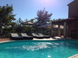 4 bedroom Villa with Internet Access in Chateaudouble - Chateaudouble vacation rentals