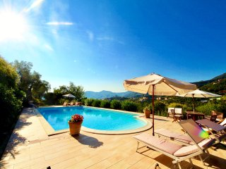 ADAMO 2BR-pool&terrace&view by KlabHouse - Zoagli vacation rentals
