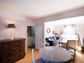 Special & Beautiful 4 Bed House Central Jericho - Oxford vacation rentals