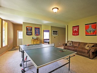 NEW! Gorgeous 4BR Alma Cabin w/Private Hot Tub! - Climax vacation rentals