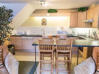 2 bedroom House with Internet Access in Bibury - Bibury vacation rentals