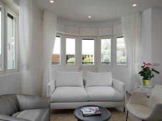 Hayarkon 96 Luxury Bauhaus, Beach Front - Tel Aviv vacation rentals