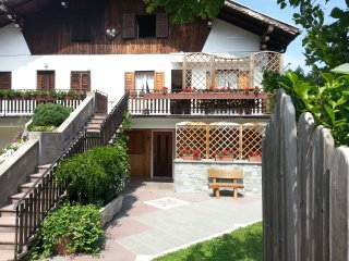 2 bedroom Condo with Internet Access in Villa Lagarina - Villa Lagarina vacation rentals