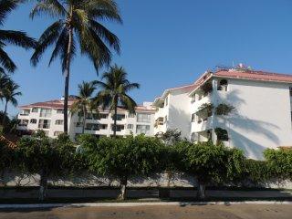 Condominio Nautica Depto 202 Torre A - Ixtapa vacation rentals