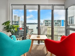 Modern Britomart Apartment with Carpark and Views of Auckland Harbour - Auckland vacation rentals