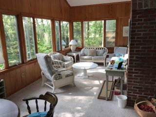 Great location bordering the West Chop Woods - Vineyard Haven vacation rentals
