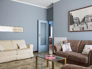 Large and bright flat with garage & balcony - Napoli vacation rentals