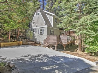 3BR Remodeled Lake Arrowhead Cabin in the Trees - Lake Arrowhead vacation rentals