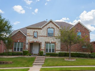 Find Your Beautiful Home Away From Home In Dallas - Irving vacation rentals
