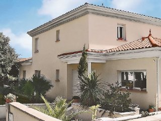 5 bedroom Villa in Hossegor, Aquitaine, France : ref 2095699 - Labenne vacation rentals