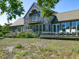 NAKAJ - Waterfront and View on Edgartown Great Pond, Association Private Beach and Tennis, Central A/C, Wifi Internet - Edgartown vacation rentals