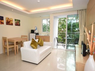 J7, One-Bedroom Ao Nang Apartment with Pool Use - Ao Nang vacation rentals
