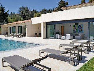 4 bedroom Villa in Le Rouret, Alpes Maritimes, France : ref 2243737 - Le Rouret vacation rentals