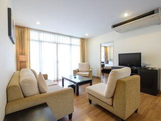 3BR 100SQM for 6pax at  Nana BTS| Chadvara - Bangkok vacation rentals