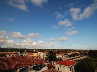 Bilocale ALOE con balcone, piscina e giardino - Orosei vacation rentals