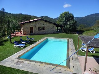 Spacious Barn with Internet Access and Satellite Or Cable TV - Castelnuovo di Garfagnana vacation rentals
