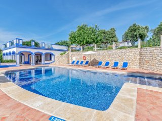 Beautiful Villa with Internet Access and A/C - Boliqueime vacation rentals