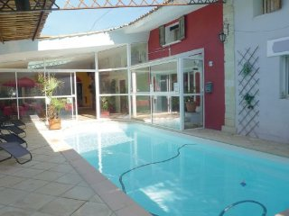 10 bedroom Villa in Orgon, Bouches Du Rhone, France : ref 2279322 - Orgon vacation rentals