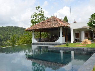 3 bedroom Villa with Deck in Angulugaha - Angulugaha vacation rentals