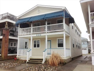 Nice House with Deck and A/C - Ocean City vacation rentals